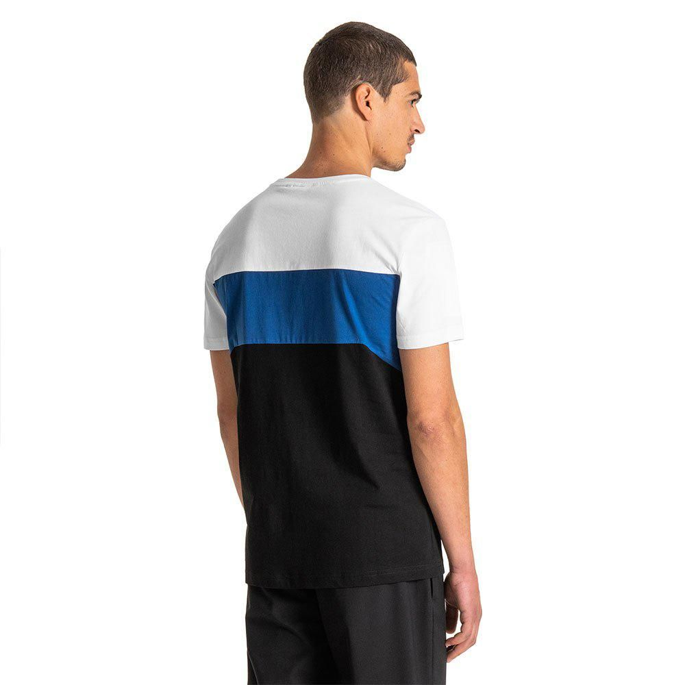 Antony Morato Slim-Fit In Soft Cotton With a Logoed Designer Plaque In Metal Short Sleeve T-Shirt